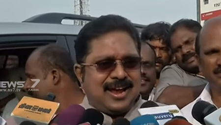 The Election Commission acts favor to the Central government : TTV Dinakaran