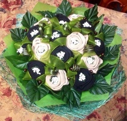 носки, розы из носков, розы из текстиля, розы на 23 февраля, розы на День Влюбленных, розы для мужчин, букет из носков, цветы из носков, букеты текстильные, цветы из носков, букеты необычные, носки в подарок, упаковка носков, оформление носков, из носков, подарки на 23 февраля, подарки на День влюбленных, подарки своими руками, подарки для мужчин, мастер-класс, мастер-классы из носков, мастер-классы букетов, мастер-классы подарков,подарок на день святого Валентина, подарки на день всех влюбленных своими руками, подарок к дню святого Валентина своими руками, день всех влюбленных подарки, подарок на день святого Валентина парню своими руками, что подарить на день влюбленных мужу, подарки на 14 февраля, подарки на день святого Валентина, любовные подарки, подарки для влюбленных, подарок на день святого Валентина девушке своими руками подарок на день святого Валентина мужу своими руками подарок на день святого Валентина жене своими руками подарок на день святого Валентина мужчине своими руками подарок на день святого Валентина женщине своими руками подарок на день святого Валентина любимой своими руками подарок на день святого Валентина любимому своими руками Романтические подарки на день влюбленных, Полезные подарки на день влюбленных, ОригинальныеС учетом хобби любимого С учетом хобби любимого подарки на день влюбленных, подарки на 14 февраля для любимого сделать своими руками, подарки на 14 февраля для любимой сделать своими руками, подарок парню на 14 февраля идеи своими руками как сделать подарок на день святого Валентина своими руками подарки на день всех влюбленных своими руками подарки на 14 февраля своими руками оригинальные подарки на 14 февраля, интерьерный декор на 14 февраля, идеи для украшения дома на 14 февраля, идеи для украшения дома на День Влюбленных, St. Valentine's Day, День Святого Валентина идеи для оформления дома на день влюбленных, интерьерный декор на день смятого Валентина, валентинов день, День любви, День влюбленных,