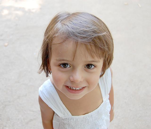 6 Tips Menjaga Kesehatan Gigi Anak