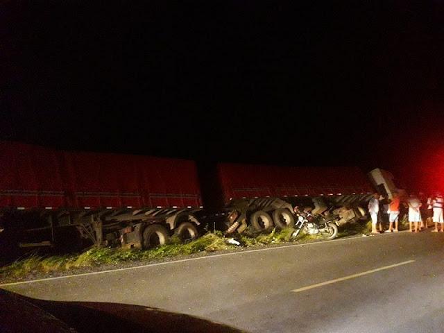Acidente envolvendo uma carreta bi-trem deixa um ciclista morto na BR-230, próximo a Jericó