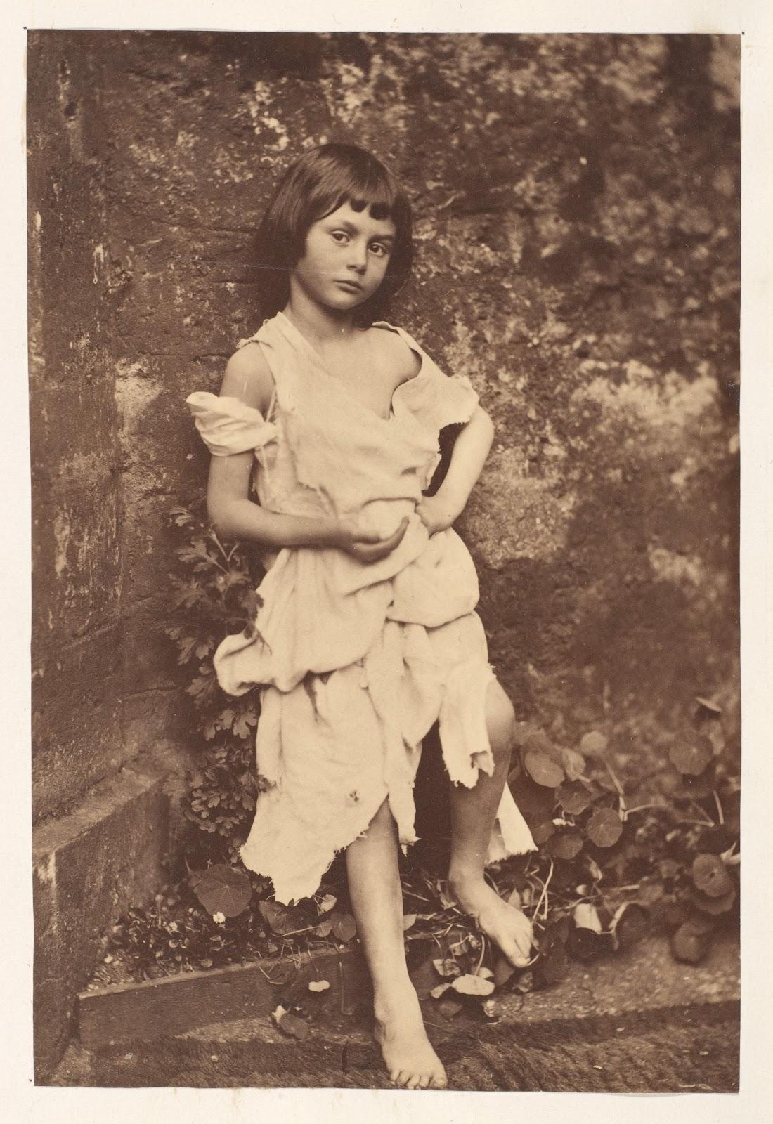 乞食娘のアリス・リデル