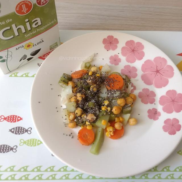 Semente de Chia com salada
