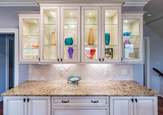ديكورات مطابخ صغيرة المساحة وأفكار تساعدك في تصميم المطبخ