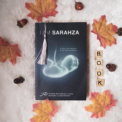 Review Novel I am Sarahza, Hanum Rangga