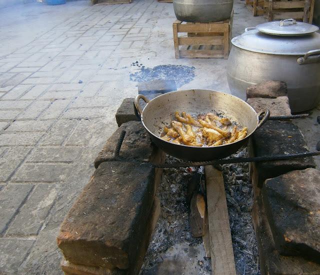 Receta de patitas de pollo fritas.
