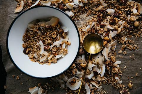 Domowa granola, co pachnie Indiami - Czytaj więcej »