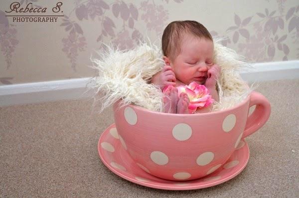 Bébé nouveau né trop mimi