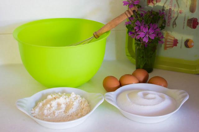 Une recette de mini-cannelés très simple pour se régaler ! :)