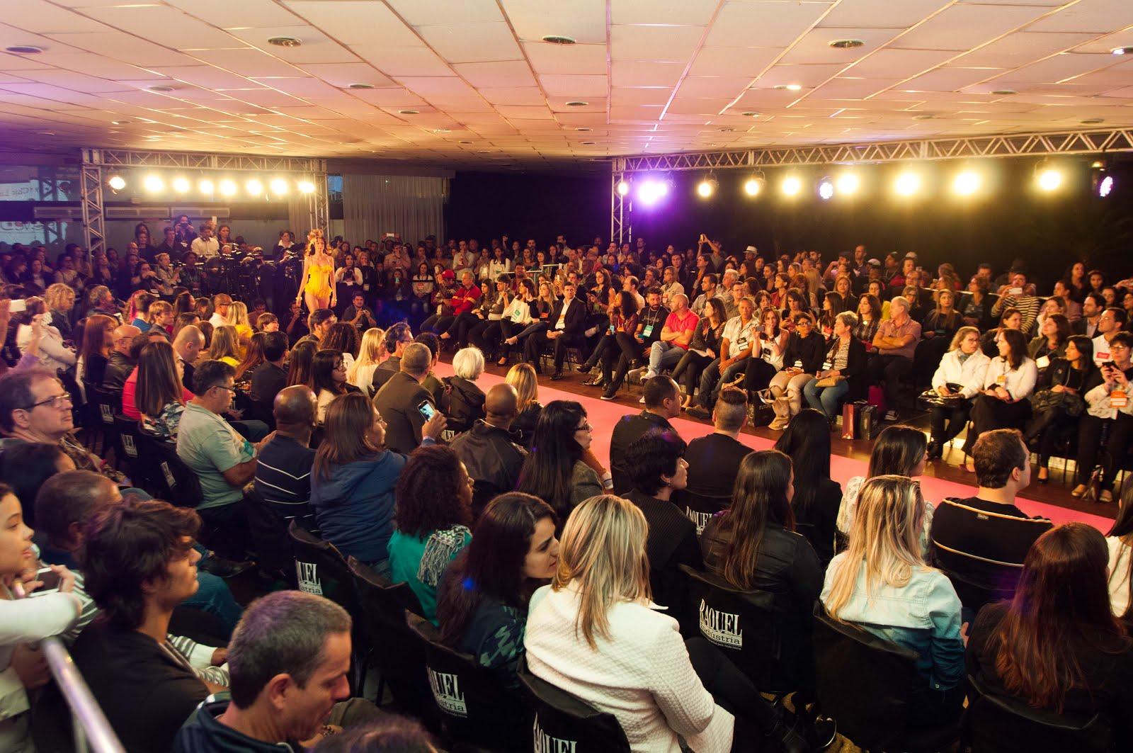 295529308 Fevest 2016 – Feira Brasileira de Moda íntima