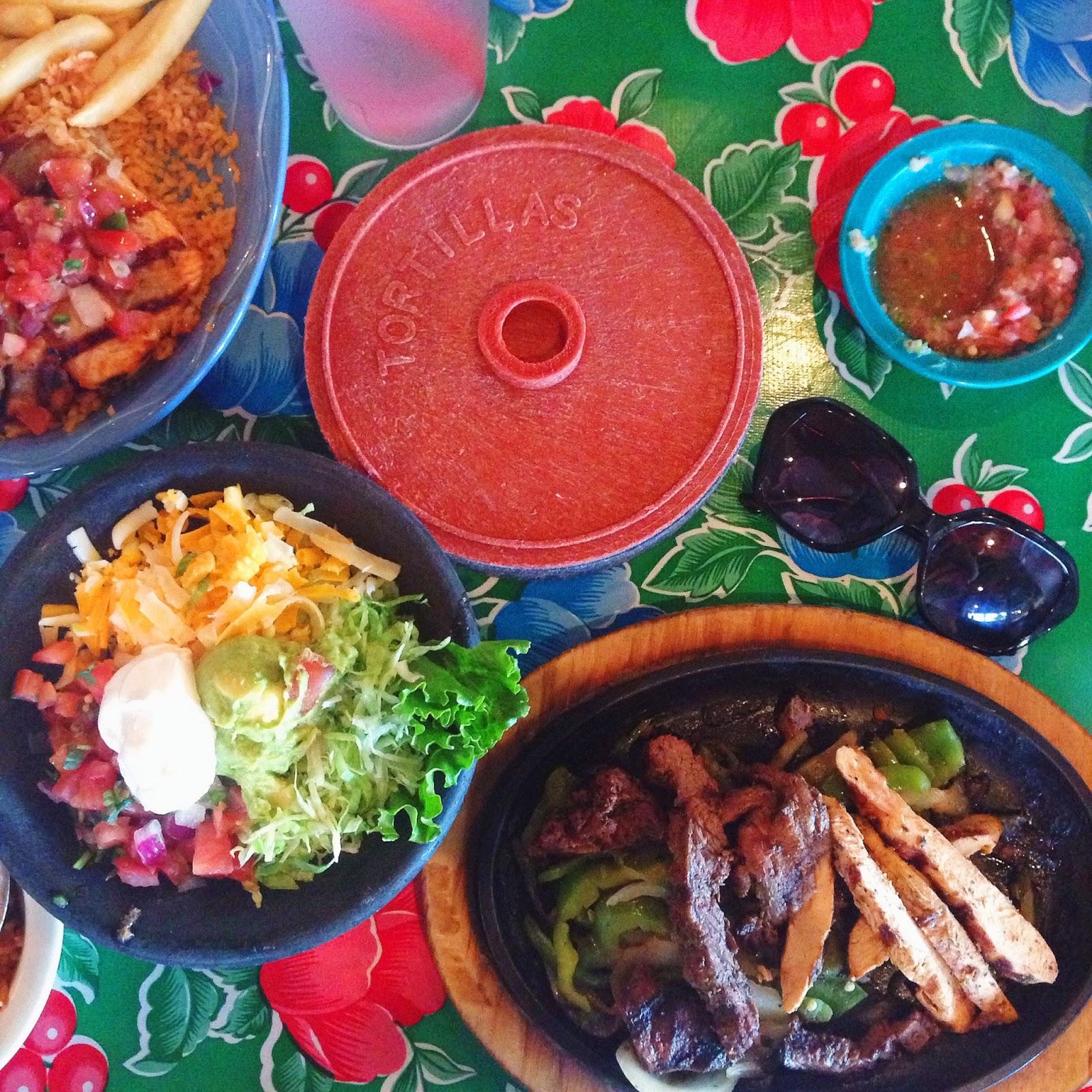 lunch at hula hut austin texas