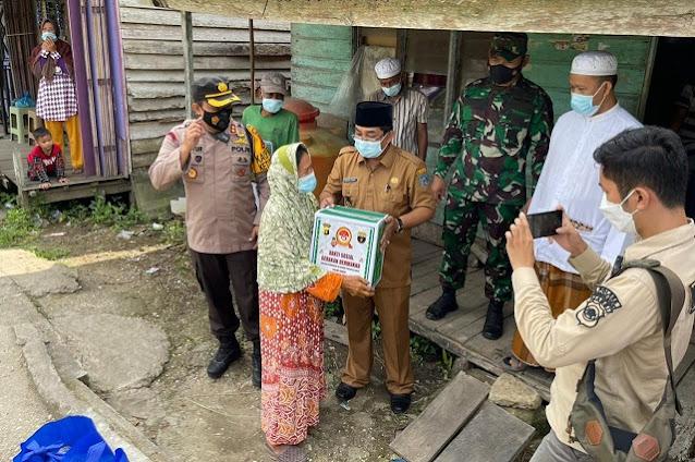Bupati Tanjabbar, Kapolres dan Dandim 0419/Tanjab Blusukan ke Desa Pembengis
