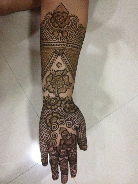 Bridal Mehandi Designs for Hands 14