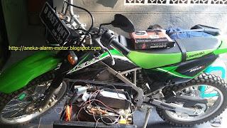 Cara pasang alarm motor pada Kawasaki KLX