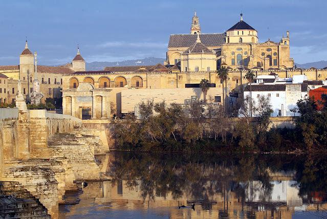 Penaklukan dan Periode awal kekuasaan Islam di Spanyol