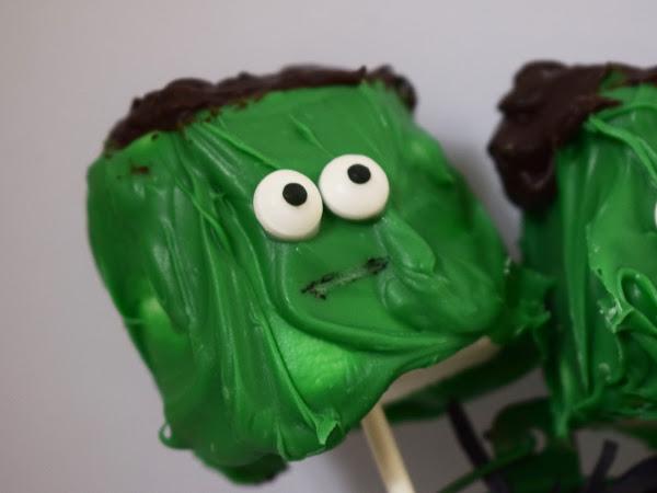 Frankenstein Marshmallow Pops! | Food