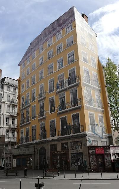 Fresque des Lyonnais - street art Lione