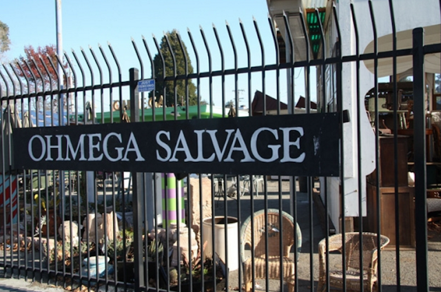 Top 10 Architectural Salvage Yards For Hunting Down Decor Gems5