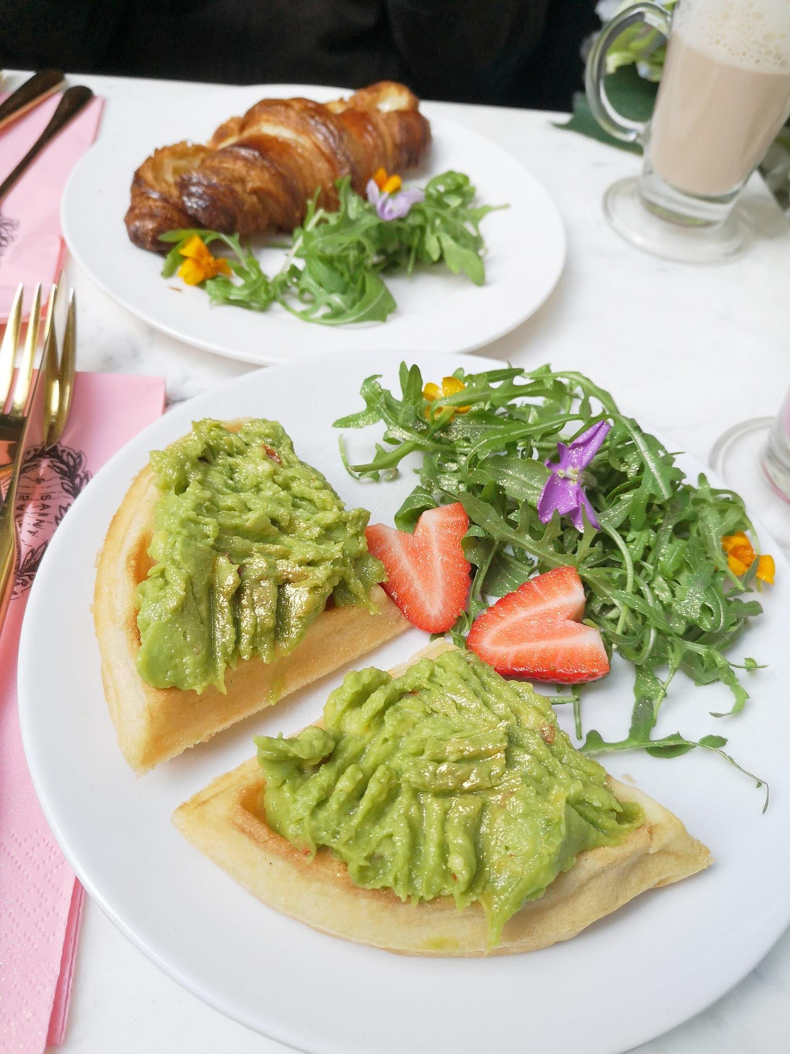 Food Saint Aymes