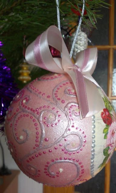 Коллекция новогодних шаров, декупаж.