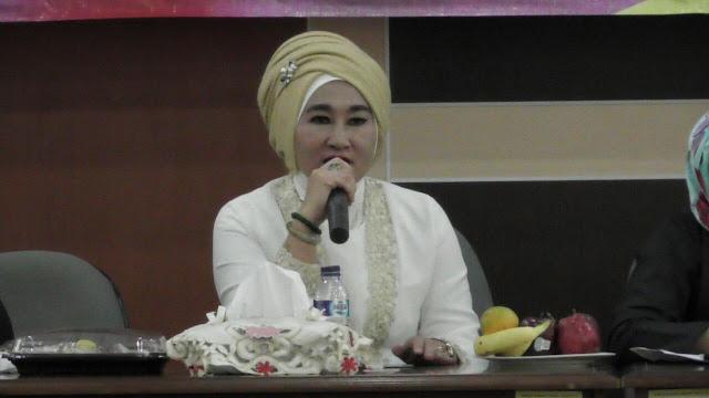 Yemmelia, Ketua IKM Banten