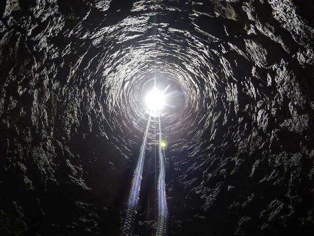 Οι σπηλαιολόγοι μελετούν τις σήραγγες και τα αποχετευτικά κανάλια της Αρχαίας Πομπηίας