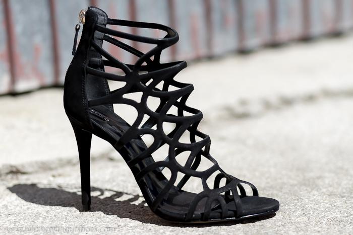 Zapatos Nueva colección de ALDO sandalias jaula negras con tacón alto stiletto