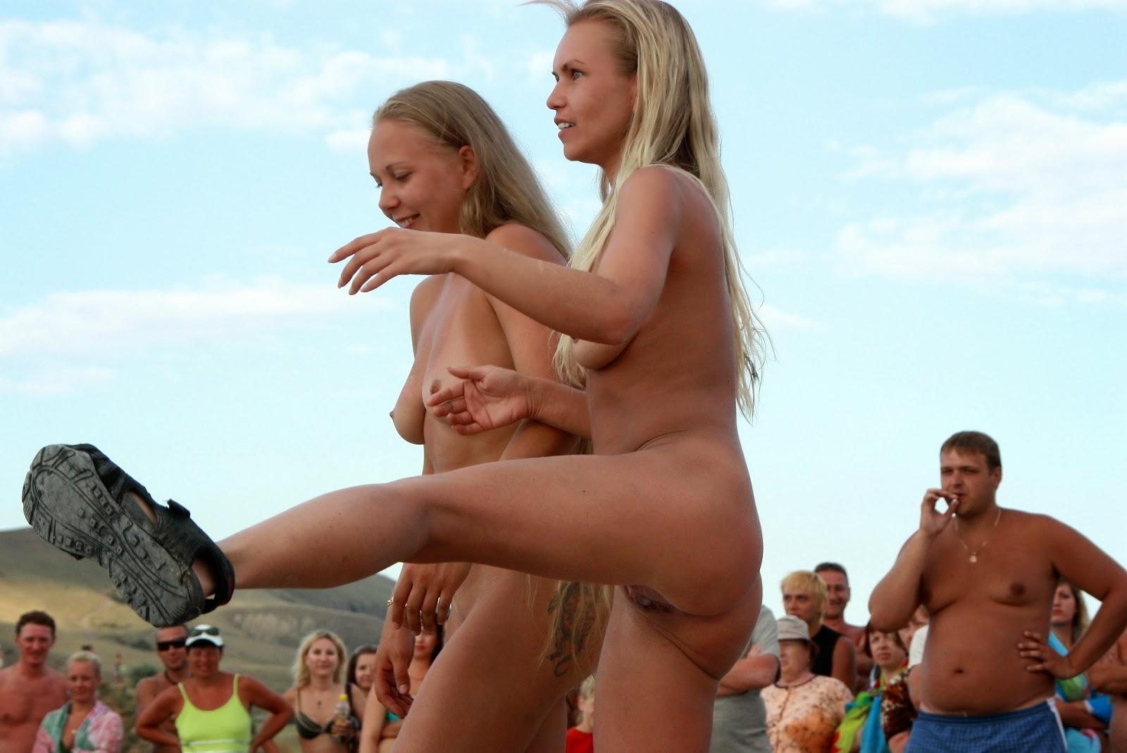 nudists dancing