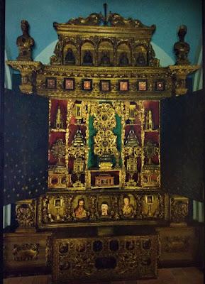 Aquí vemos el altar de las Reliquias