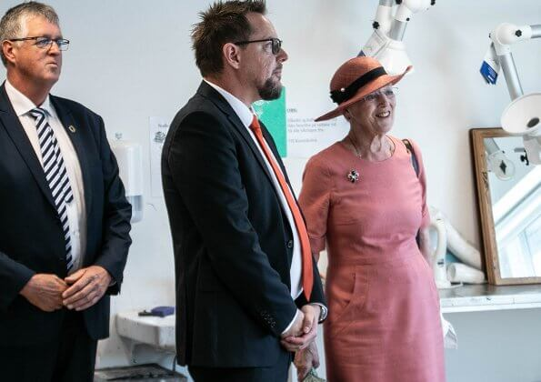 Danish Queen Margrethe visited City Harbor in Sønderborg. The Queen was welcomed by Mayor Erik Lauritzen