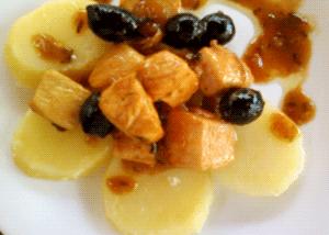 pechuga de pollo con patatas cocidas
