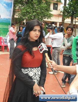 Ragini, Odia film Gadbad Actress