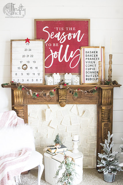 DIY Christmas Tree Countdown Calendar. DIY Christmas Advent Calendar. Christmas Tree Shaped Christmas countdown. How to make an easy advent calendar countdown. DIY easy Christmas projects and ideas.