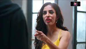 Priya Banerjee Lifestyle