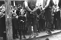 a Mark Redkin 1942 photograph of a public hanging
