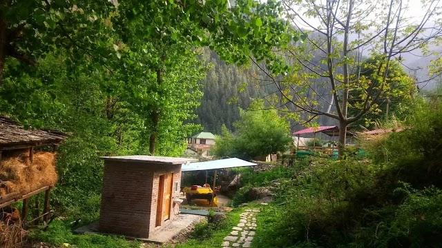 A trail to Chalal Village