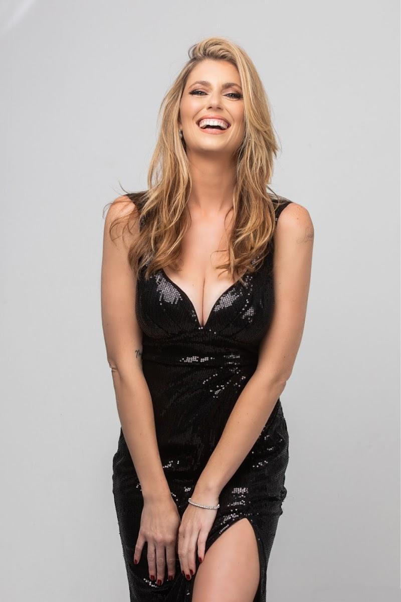 Diora Baird Clicks at a Photoshoot 31 Dec-2020