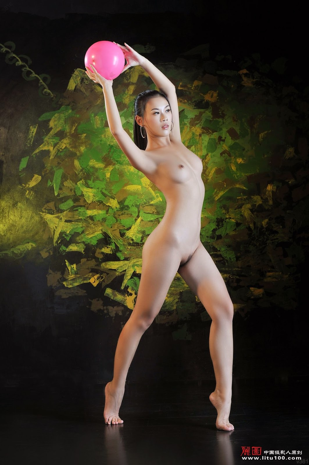 Chinese dance naked — img 11