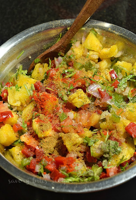 how to make easy spicy Pineapple Jalapeno salsa