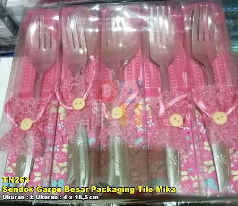 Sendok Garpu Besar Packaging Tile Mika
