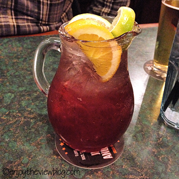 Last Week on Instagram #1 - I sampled the Purple Haze Sangria at Smokey Bones Bar & Grill! It's made with the shimmery Viniq liqueur! Yummy!