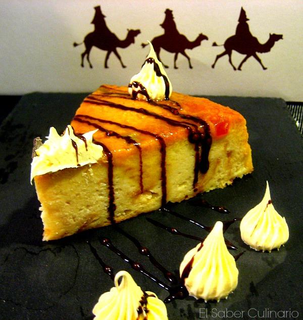 Pudin navideño de Roscón de Reyes con salsa de caramelo