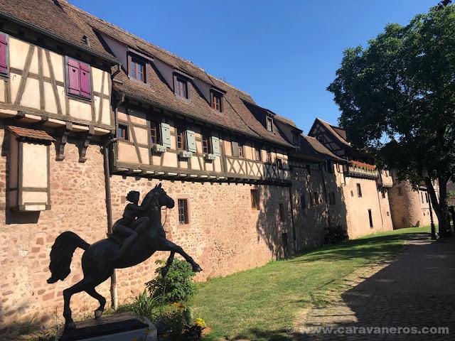 Murallas medievales de Riquewhir | Alsacia y Selva Negra en autocaravana