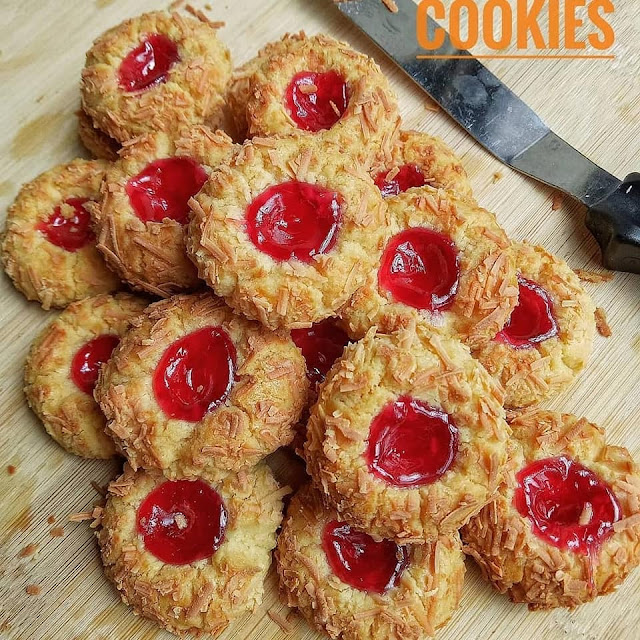 Kue Kering Cruncy Strawberry Cheese Thumbprint Cookise