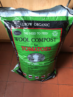 Bag of Dalefoot Wool Compost for Tomatoes - new for this year!