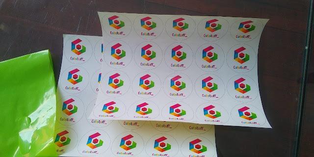 Stiker Label Cutting Mesin dan Manual
