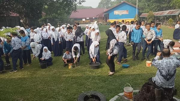 Sekolah Model SMPN 2 Pulau Petak Laksanakan Sehari Belajar Diluar Kelas