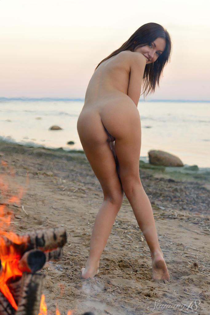 Секс фото девушки на пляже