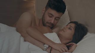 Download Love Sorries (2021) Hindi Full Movie 480p 720p HD    Moviesbaba 1