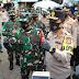 Pangdam V/Brawijaya dan Kapolda Jatim Tinjau Prokes di Pasar Simo Surabaya