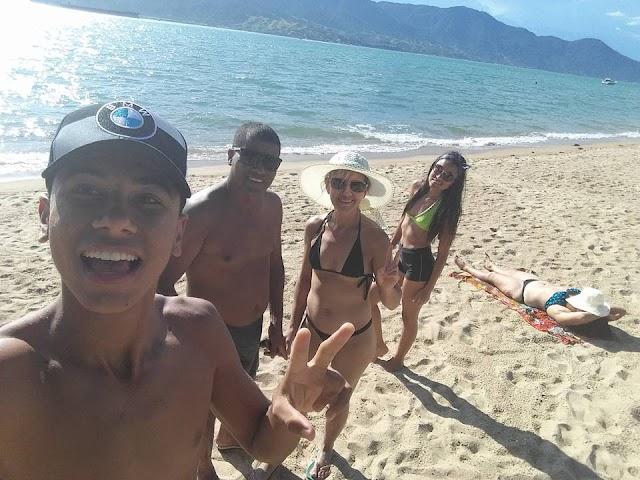 Vereador de Brasnorte curte férias com a família em Ilhabela